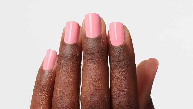 اللون-الوردي-الفاتح