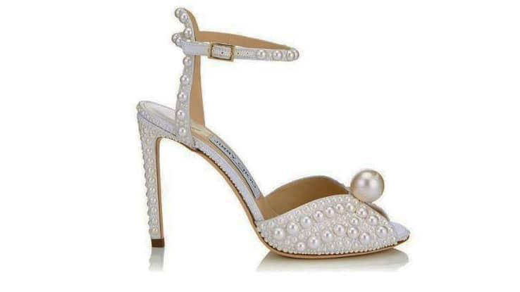 حذاء زفاف مزخرف
