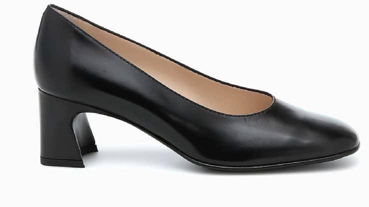 حذاء كعب من تودز