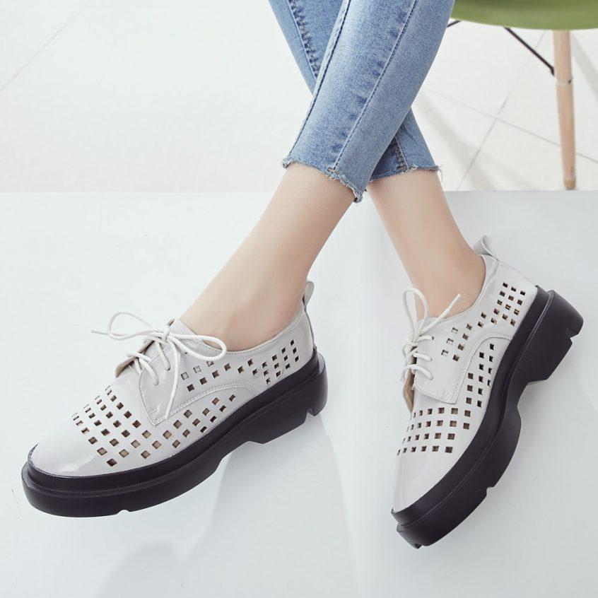 احذية بنات على الموضة