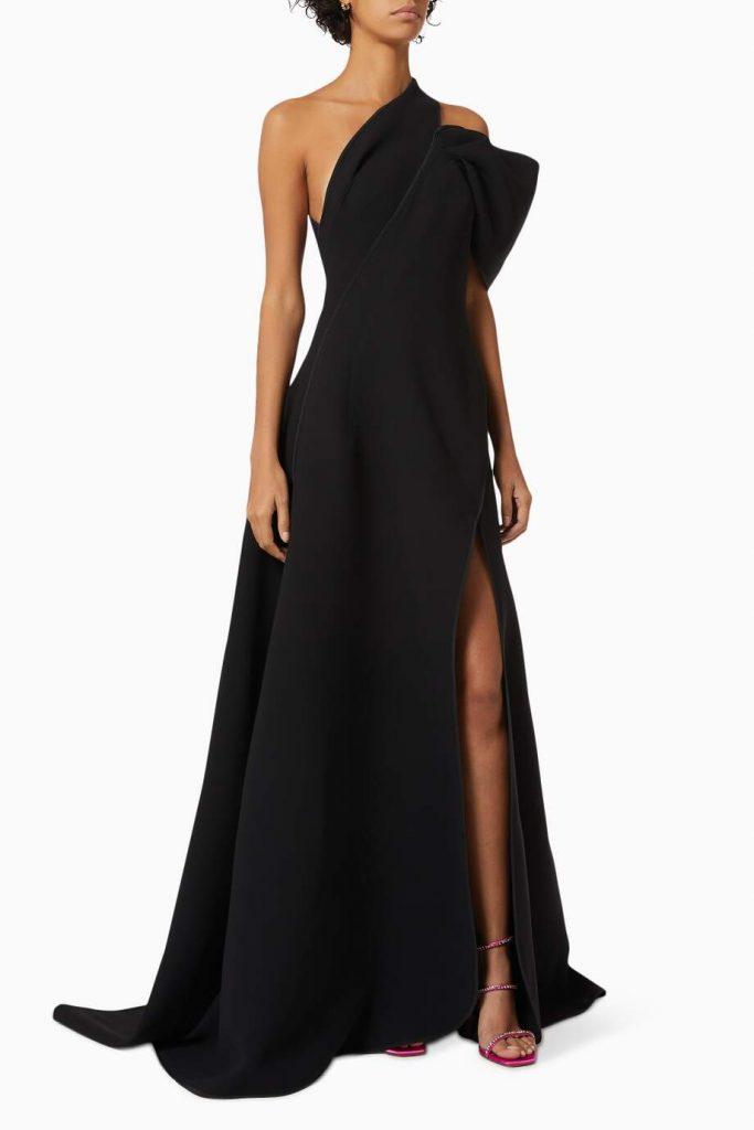 فستان سهرة بكتف مكشوف