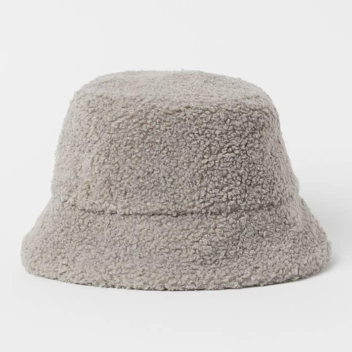 قبعة دلو