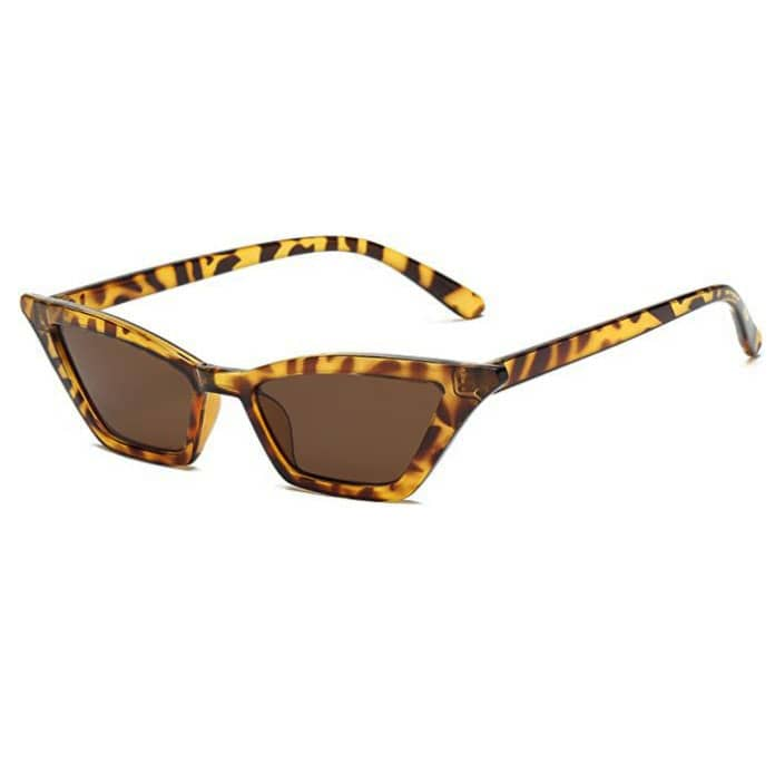 نظارات-شمسية-صغيرة-عين-القطة