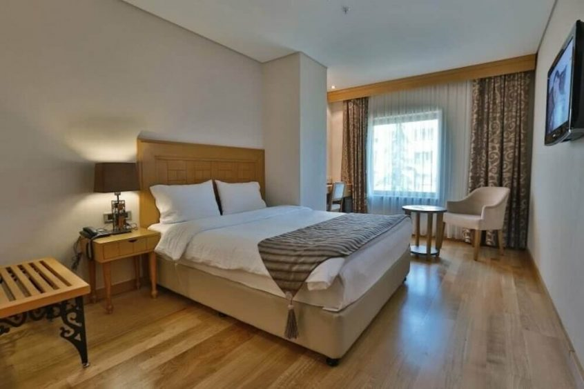 فندق كوينز هوتل دبي